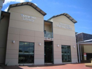 Tamworth Library, Helene Young, Shattered Sky